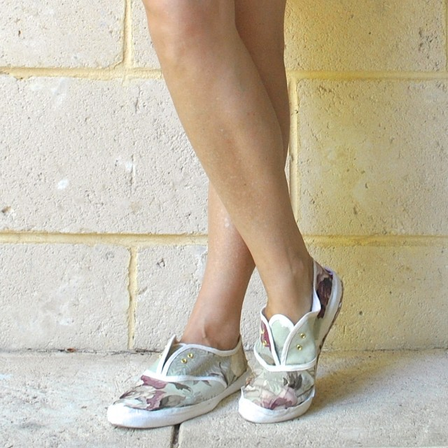 floralsneakers