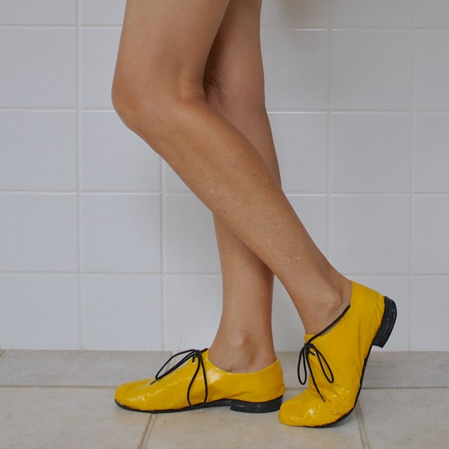 yellow shoes1
