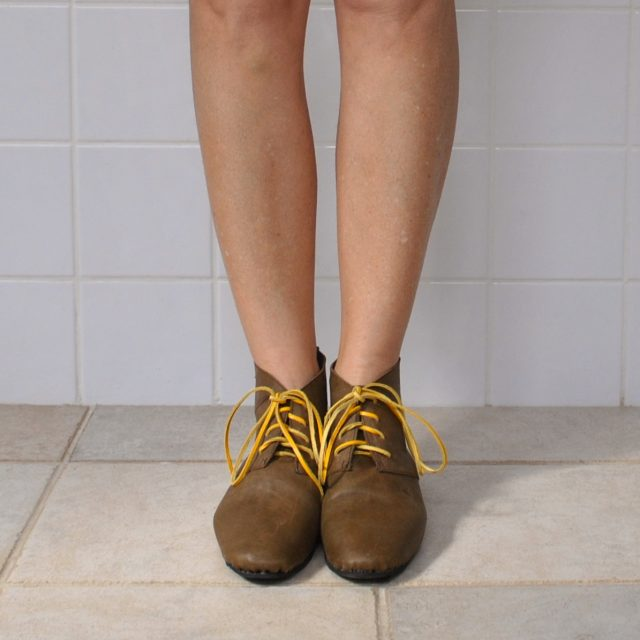 olive boots yellow front